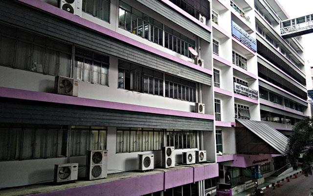 มหาวิทยาลัยราชภัฏบ้านสมเด็จเจ้าพระยา ชั้น 15 ตึกคณะนิเทศศาสตร์